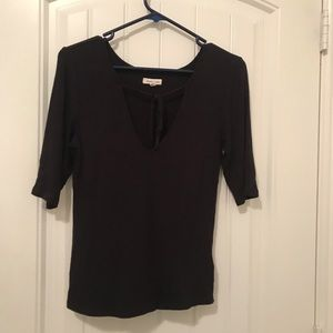 URBAN OUTFITTERS black fitted tie top